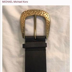 Michael Michael Kors gold hammered belt
